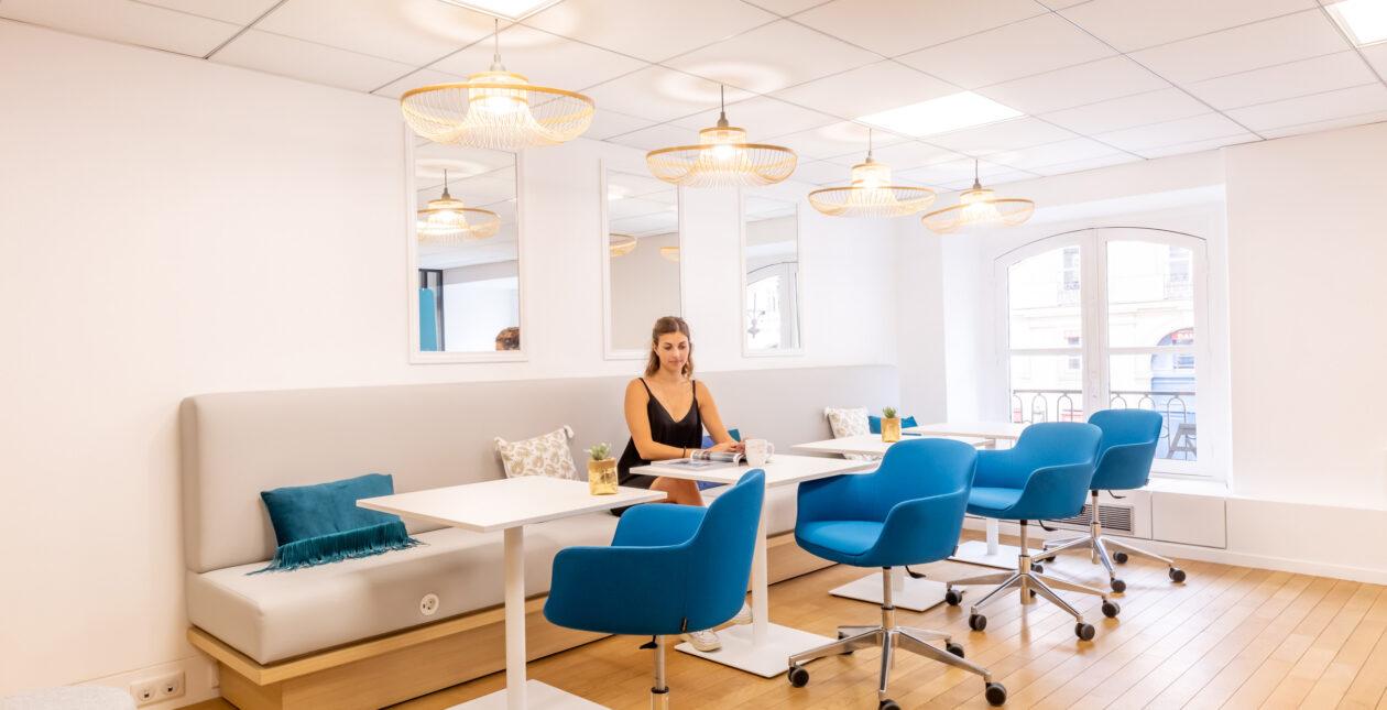 Aménagement bureaux + Mobilier Design – E-CUBE